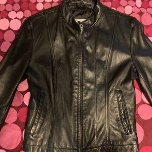 Womens slip up leather jacket